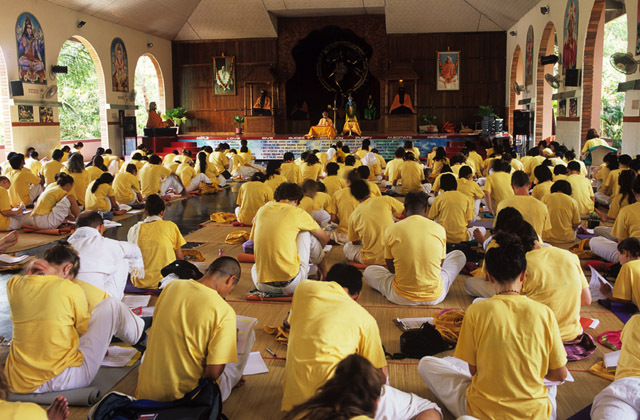 sivananda-yoga-india