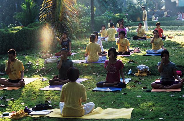 yoga-course-india