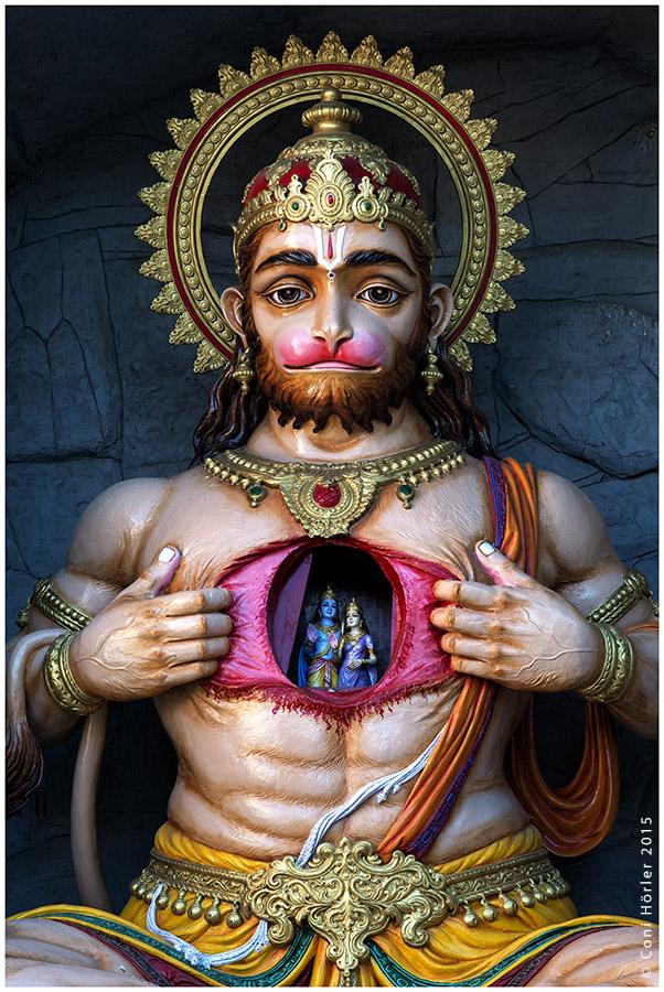 Hanuman, the Monkey God, at the gates of Parmath Niketan