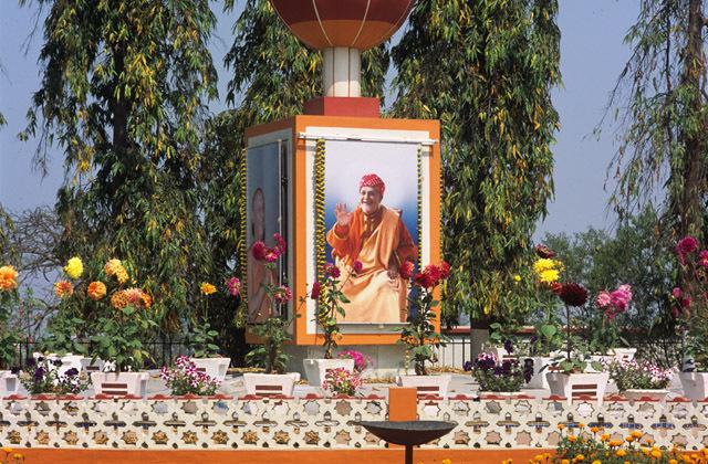 yoga-ashram-india